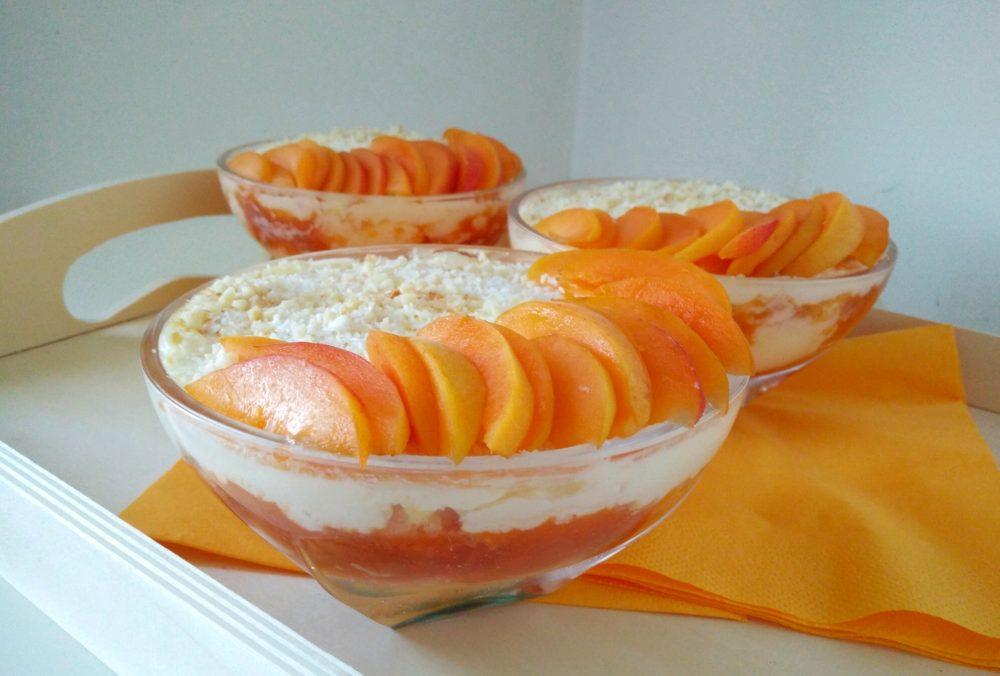 torta-breskev-marelica-v-kozarcu-3