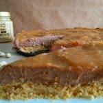 Čokoladni cheesecake z arašidovim maslom