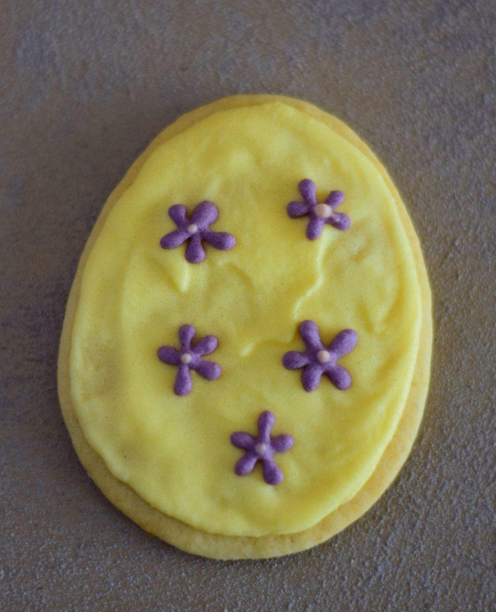 Easter egg, flowers, yellow, sugar cookie, 2017