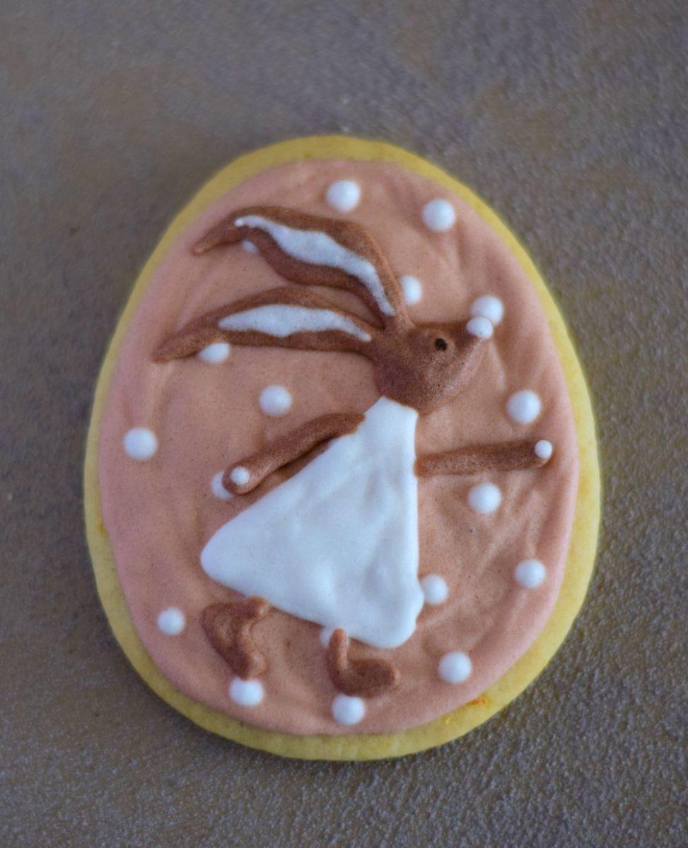 Rabbit, Easter egg, royal icing cookie