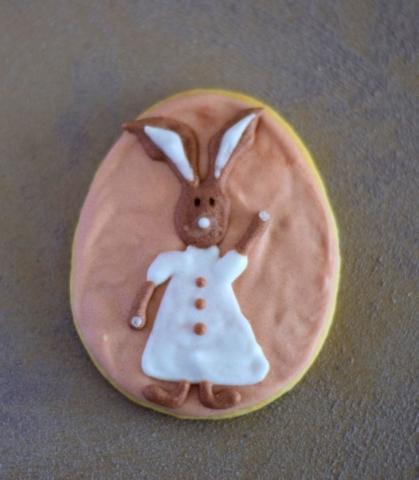 Rabbit waving, cookie 2017