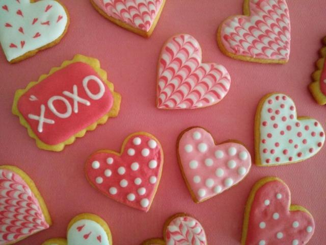 Royal icing roza srčki, valentinovo
